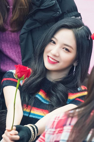 Tags: K-Pop, Cherry Bullet, Heo Jiwon