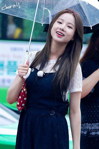 Tags: K-Pop, EXID, Heo Solji, Umbrella