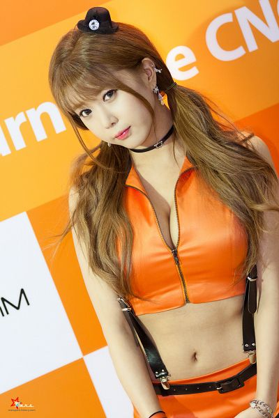 Tags: K-Pop, Berry Chu, Heo Yun-mi, Suggestive, Cleavage, Sleeveless Shirt, Twin Tails, Orange Outfit, Orange Skirt, Hair Ornament, Bracelet, Suspenders