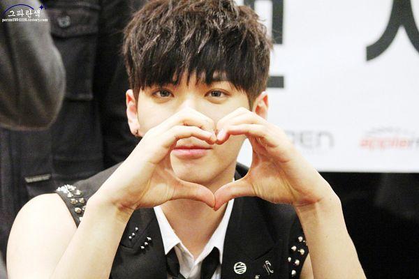 Tags: K-Pop, MADTOWN, Heojun