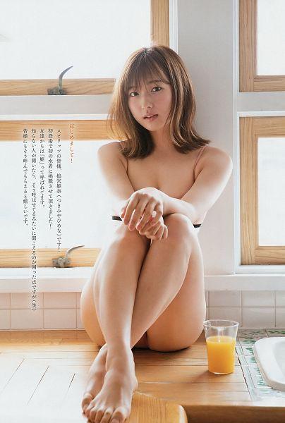 Tags: Dorama, Himena Tsukimiya, Swimsuit, Midriff, Bikini, Suggestive
