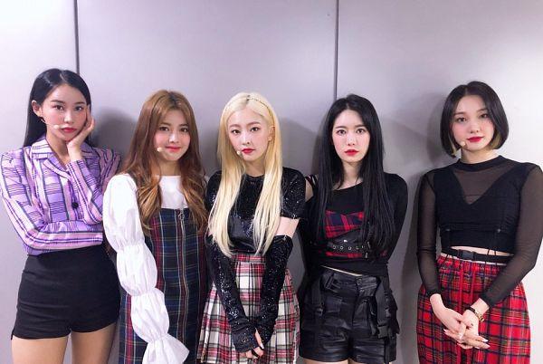 Tags: K-Pop, Hinapia, Jung Eunwoo, Gyeongwon, Kang Yaebin, Minkyeung, Kim Bada