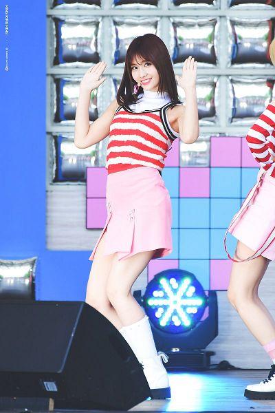 Tags: K-Pop, Twice, Hirai Momo