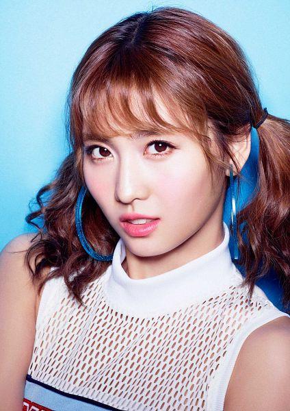 Tags: JYP Entertainment, K-Pop, J-Pop, Twice, Hirai Momo, Blue Background, Bangs, Turtleneck, Twin Tails, Bare Shoulders, Close Up, Sleeveless Shirt
