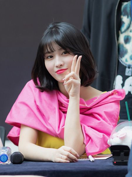 Tags: JYP Entertainment, K-Pop, Twice, Hirai Momo, Bangs, Bent Knees, V Gesture, Blunt Bangs, Sitting, Closed Mouth, Looking Away, Fansigning Event