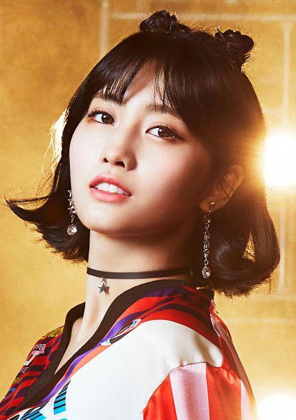 Tags: JYP Entertainment, K-Pop, Twice, Wake Me Up, Hirai Momo, Choker, Close Up, Multi-colored Shirt, Make Up, Blunt Bangs, Twin Buns, Hair Buns