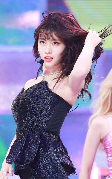 Tags: K-Pop, Twice, Hirai Momo, Bare Shoulders, Wavy Hair, Looking Up, Necklace, Black Shirt, Hand In Hair