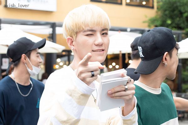 Tags: K-Pop, AxisB, Juno, Jeonghun, Honey, Blunt Bangs, Pointing, Striped Shirt, Wink, Holding Object, Ring, Striped