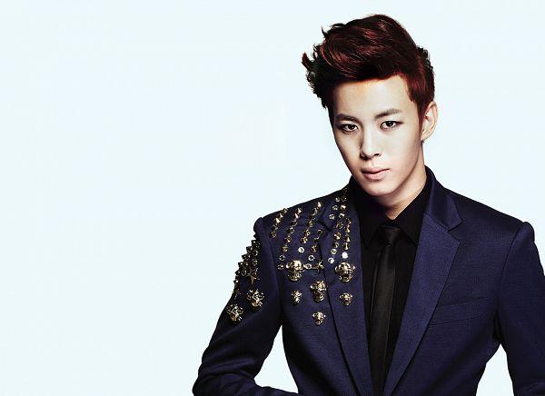 Tags: K-Pop, VIXX, Hongbin, Blue Jacket, Tie, Blue Background, Blue Outerwear, Black Neckwear