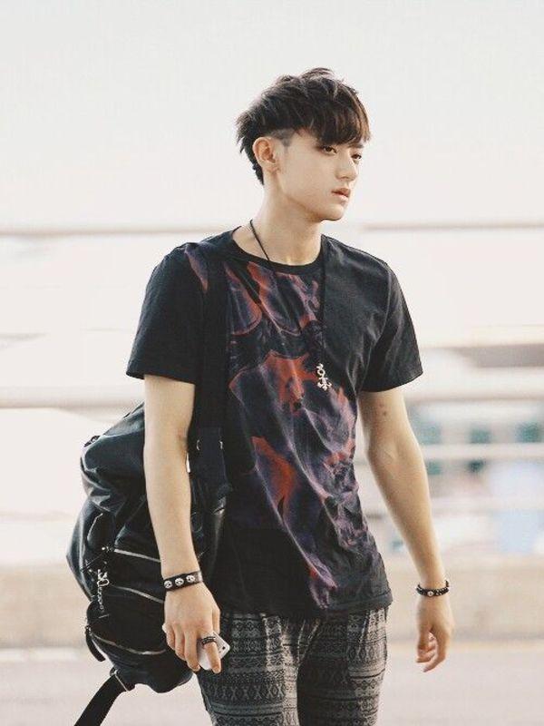 Tags: SM Town, K-Pop, EXO, Huang Zi Tao