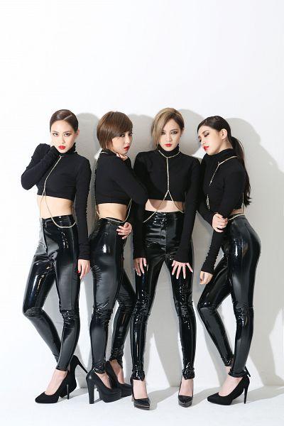 Tags: K-Pop, Miss A, Hush, Meng Jia, Bae Suzy, Min, Wang Feifei, Quartet, Four Girls, Black Shirt, Blonde Hair, Turtleneck