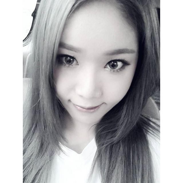 Tags: K-Pop, Wanna.B, Hwang Sejin, Selca