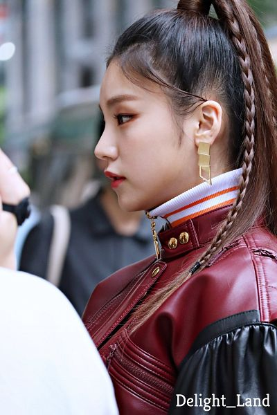 Tags: K-Pop, Itzy, Hwang Yeji, Red Outerwear, Side View, Red Jacket, Leather Jacket, Looking Ahead, Braids, Delight_Land