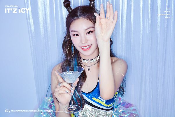 Tags: K-Pop, Itzy, Hwang Yeji, Choker, Wine Glass, Nail Polish, Hair Up, Text: Artist Name, Make Up, Text: Song Title, Bare Shoulders, Blue Background
