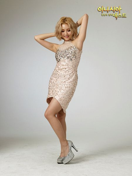 Tags: K-Pop, Mamamoo, Hwasa, Arms Up, Gray Outfit, High Heels, Bare Legs, Korean Text, Armpit, Looking Down, Medium Hair, Silver Footwear