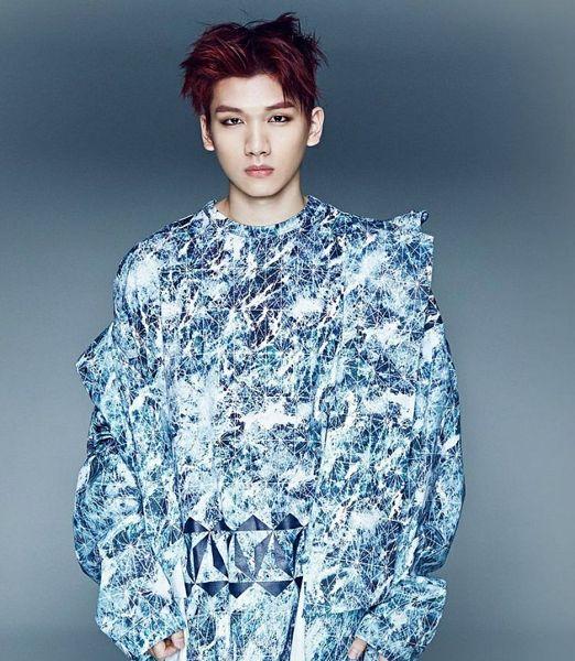 Tags: K-Pop, VIXX, Hyuk, Gray Background, Blue Shirt