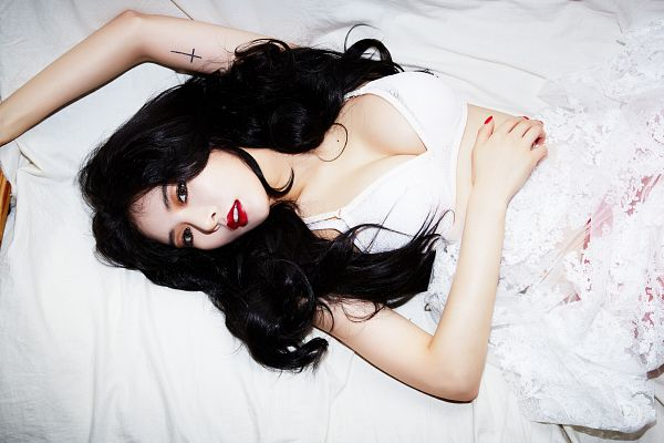 Tags: K-Pop, 4Minute, Red (Song), Hyuna, White Background, From Above, Lingerie, Tattoo, Bra, Cleavage, Suggestive, Midriff