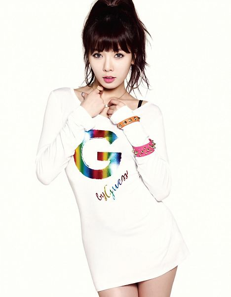 Tags: 4Minute, Hyuna, White Outfit