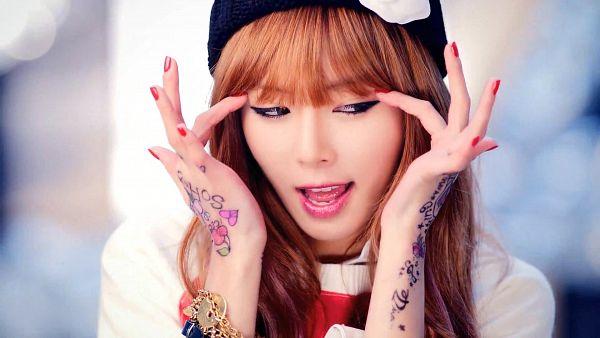 Tags: 4Minute, Hyuna, Looking Away, Black Headwear, HD Wallpaper, Wallpaper