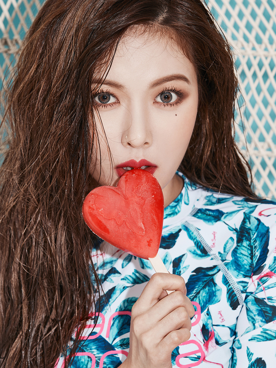 Tags: Cube Entertainment, K-Pop, Hyuna, Candy, Eating, Lollipop, Multi-colored Shirt, Mole, Holding Object, Floral Print, Red Lips, Close Up