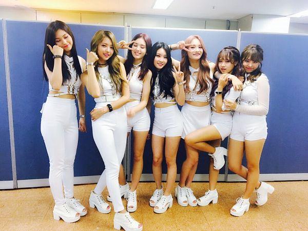 Tags: K-Pop, I.O.I, Zhou Jieqiong, Kim So-hye, Im Nayoung, Kim Chung-ha, Doyeon, Jeon Somi, Choi Yoo-jung