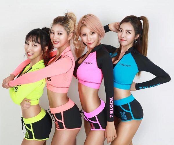 Tags: K-Pop, ICIA, Lee Ae, Seona, Swan (Angels), Kim Hyeona, Four Girls, Bare Shoulders, Pink Hair, Sleeveless, Full Group, Light Background
