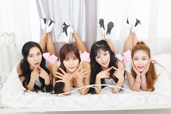 Tags: K-Pop, ICIA, Lee Ae, Swan (Angels), Nayoon, Lee Bo-ra, Bed, Four Girls, Full Group, Laying Down, Hand On Head, Laying On Stomach