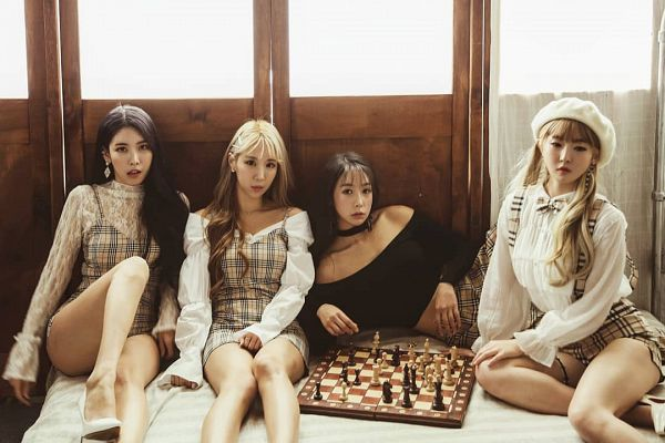 Tags: K-Pop, ICIA, Coca, Nayoon, Vandi, Youmin (ICIA), Full Group, Checkered Print, Bare Shoulders, High Heels, Chess, Serious