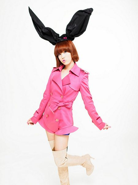 Tags: K-Pop, IU, Pink Dress, Boots, Light Background, White Background, Standing On One Leg, IU...IM