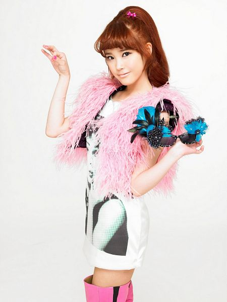 Tags: K-Pop, IU, Light Background, Nail Polish, White Background, Make Up, Boots, IU...IM