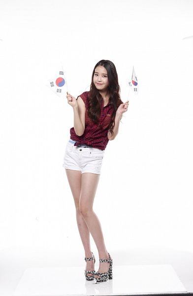 Tags: K-Pop, IU, High Heels, Sandals, White Background, Sleeveless Shirt, Red Shirt, Full Body, Flag, Sleeveless, Bare Shoulders, Shorts
