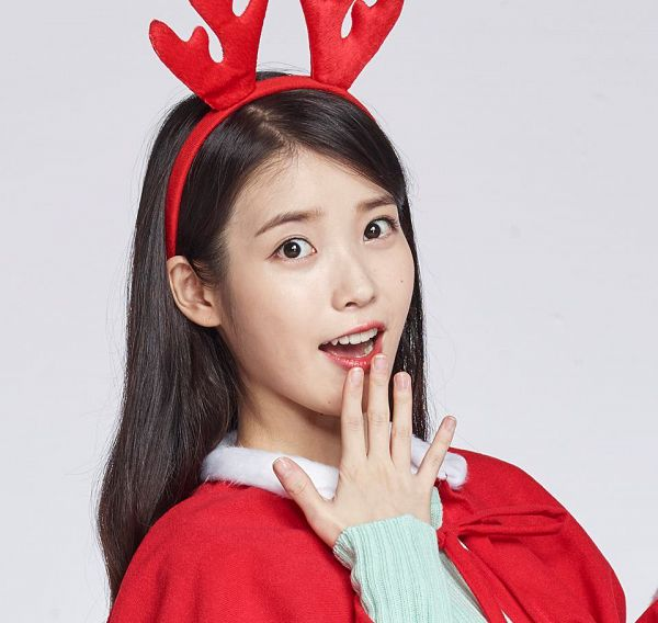 Tags: K-Pop, IU, Mole, Antlers, Red Lips, Capelet, Gray Background, Facial Mark, Horns, Cable TV