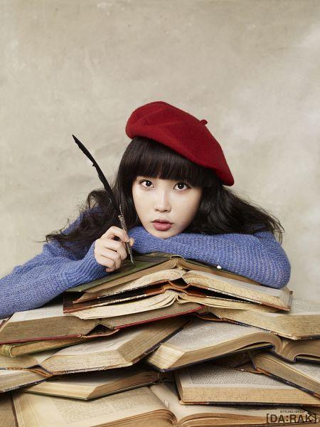 Tags: K-Pop, IU, Pen, Hat, Book, Blue Shirt, Android/iPhone Wallpaper, IU 2012 Calendar