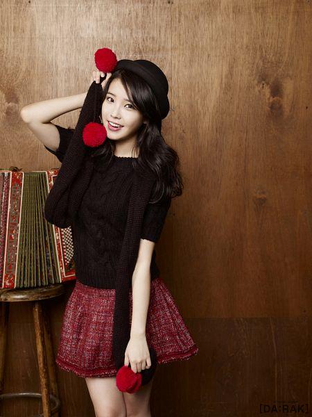 Tags: K-Pop, IU, Skirt, Red Skirt, Hat, IU 2012 Calendar, Android/iPhone Wallpaper
