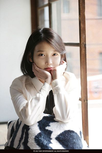 Tags: K-Pop, Through the Night, IU, Arm Support, Blanket, Hand On Cheek, Hand On Head, Short Hair, Animal Print, Window, Palette
