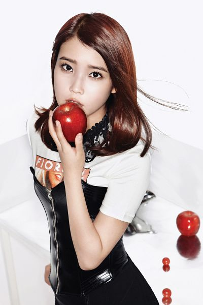 Tags: K-Pop, IU, Apple, Fruits, Necklace, Grapes, Black Skirt, Skirt, From Above, Light Background, Looking Up, White Background