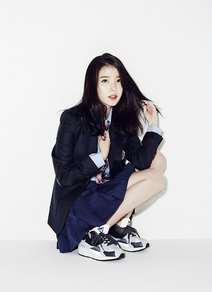 Tags: K-Pop, IU, Sneakers, Black Outerwear, White Background, Looking Up, Black Skirt, Pleated Skirt, Full Body, Checkered Neckwear, Black Jacket, White Footwear