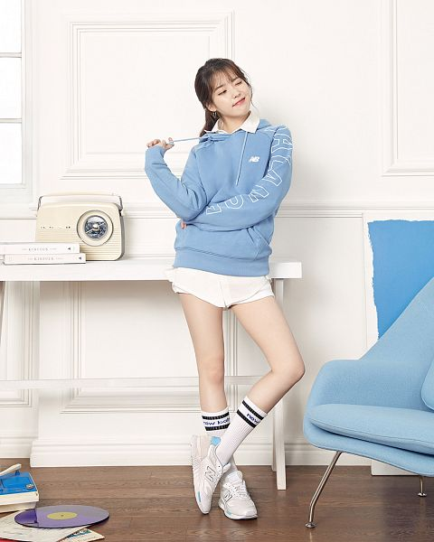Tags: Loen Entertainment, K-Pop, IU, Wink, Armchair, Chair, Blue Shirt, Looking Away, Knee Socks, Table, Shoes, White Shorts