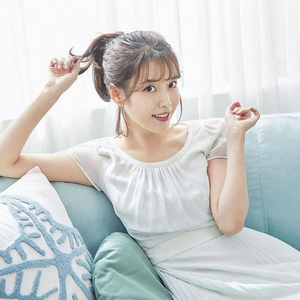 Tags: Loen Entertainment, K-Pop, IU, Pillow, Facial Mark, White Outfit, White Dress, Mole, Sitting On Couch, Couch, Black Eyes, Hair Up