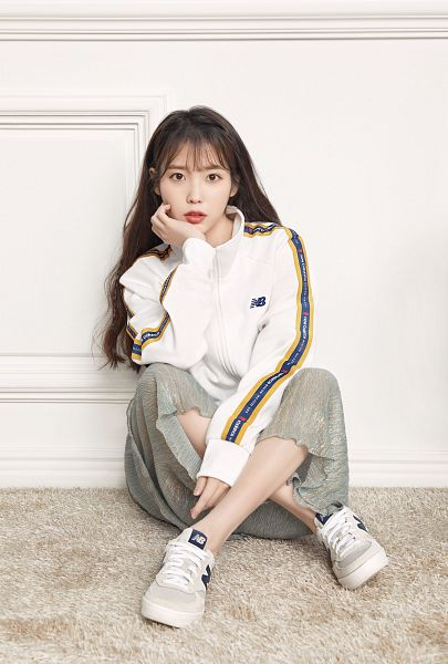 Tags: K-Pop, IU, Jumpsuit, Hand On Cheek, Sitting On Ground, Hand On Head, Arm Support, New Balance
