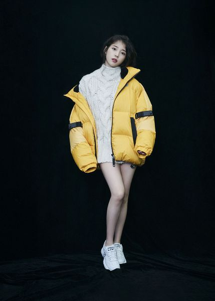 Tags: K-Pop, IU, Dark Background, Shoes, Black Background, Yellow Outerwear, Serious, Sweater, Sneakers, New Balance