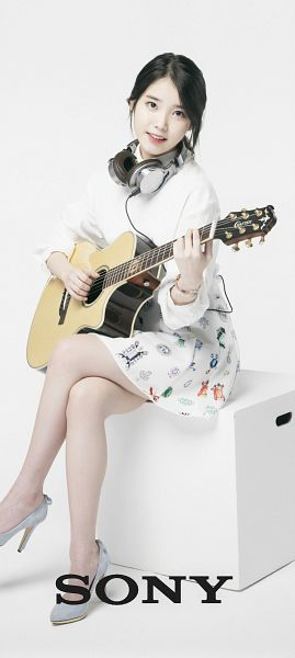 Tags: K-Pop, IU, Jewelry, Crossed Legs, Simple Background, Bracelet, Headphones, Light Background, Skirt, White Background, Playing Instrument, Guitar