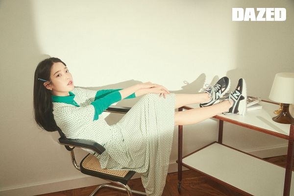 Tags: K-Pop, IU, Lamp, Crossed Legs, Chair, Hair Ornament, Hair Clip, Table, Text: Magazine Name, Sitting On Chair, Dazed & Confused Korea, Magazine Scan