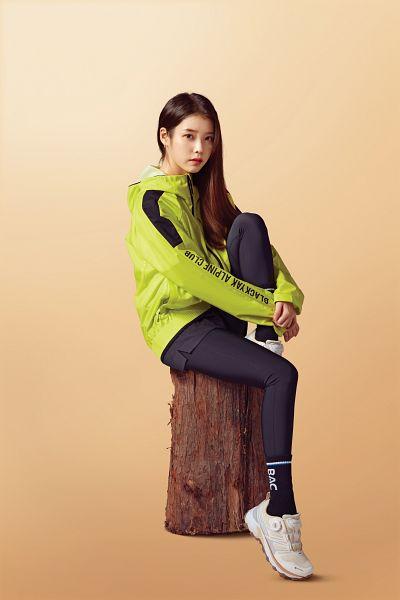 Tags: K-Pop, IU, Orange Background, Hoodie, Serious, BlackYak