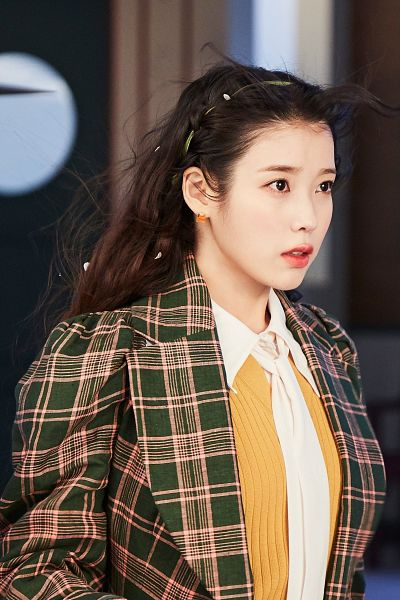 Tags: K-Pop, IU, Checkered Jacket, Red Lips, Wind, Flowing Hair, Checkered, Lilac