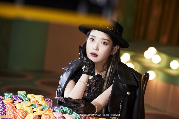 Tags: K-Pop, Coin (IU), IU, Bracelet, Hand On Head, Black Gloves, Hand On Cheek, Gloves, Arm Support, Make Up, Hat, Serious