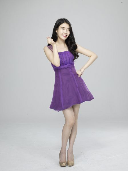 Tags: K-Pop, IU, Purple Outfit, Ring, Gray Background, Bracelet, Facial Mark, Purple Dress, Mole, Full Body, Android/iPhone Wallpaper, Cable TV