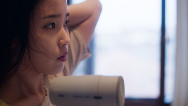 Tags: K-Pop, IU, Looking Ahead, Close Up, Hand In Hair, Side View, Window, Wallpaper, HD Wallpaper, Spring of a Twenty Year Old