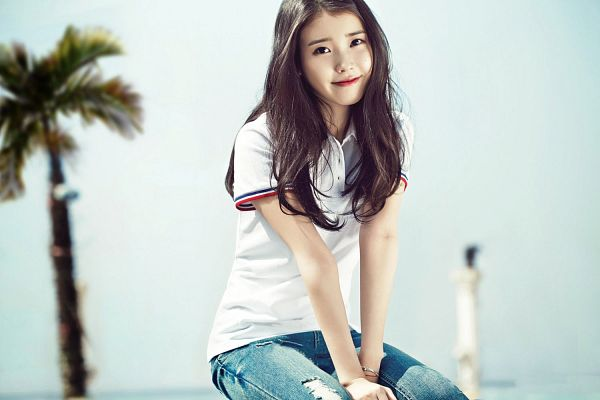 Tags: K-Pop, IU, Gray Background, Short Sleeves, Jeans, Unionbay, Wallpaper