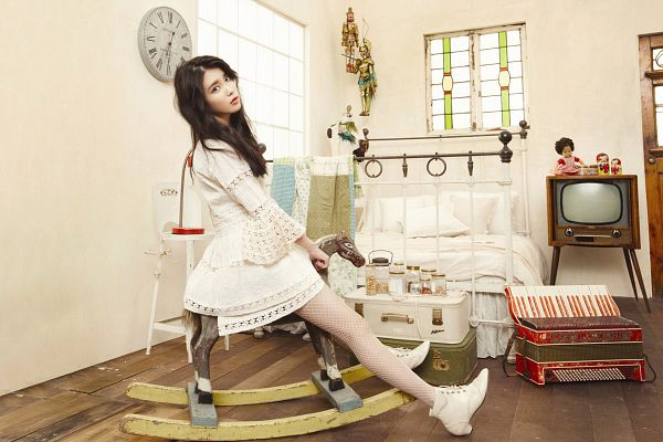 Tags: K-Pop, IU, Boots, Animal, Light Background, Horse, Bed, White Background, Television, White Dress, Toy, Shoes